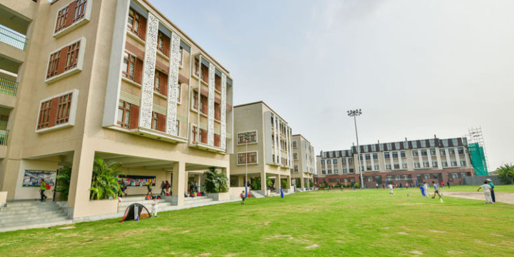 What essentials things to look for in choosing the best CBSE schools?